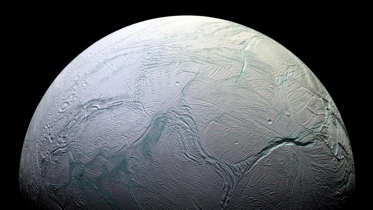 saturn-Enceladus