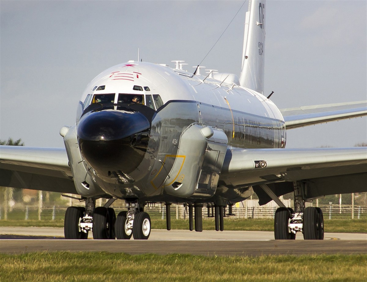 RC-135W